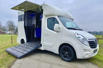 Opel Movano horsebox